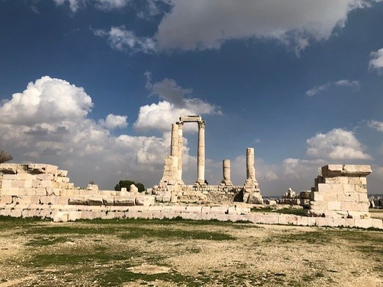 Private Walking Tour of Amman Day or Night: The Citadel