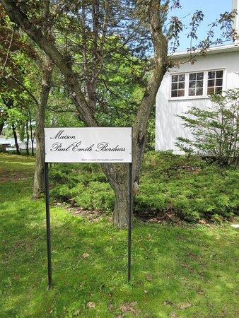Mont-Saint-Hilaire, Καναδάς: Cette demeure a été dessinée et construite par le célèbre Paul-Émile Borduas au début des années 40