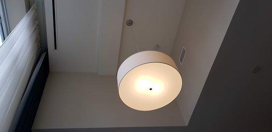 Room 517 Tall Ceilings