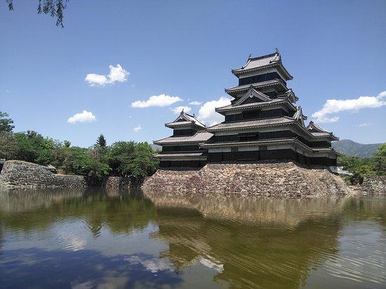 Matsumoto Castle: 正面から