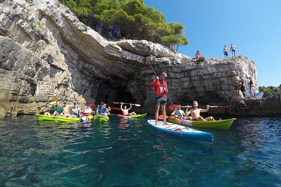 Half-Day Kayak, Cliff, & Cave Tour