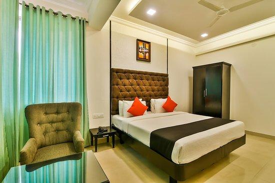Interior - Picture of Capital O 22952 Accovah Lawande Beach Resort, Candolim - Tripadvisor