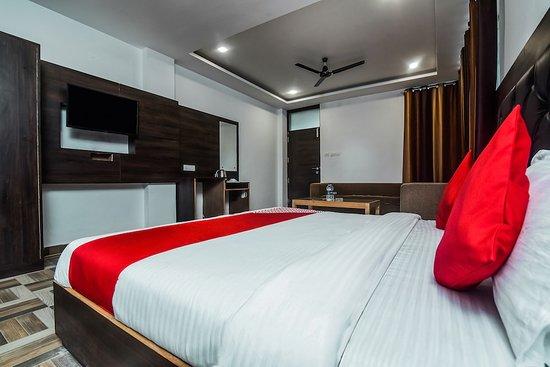 Interior - Picture of OYO 15806 Hotel Naddi Hills, McLeod Ganj - Tripadvisor