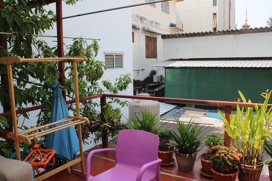 Rear balcony common area