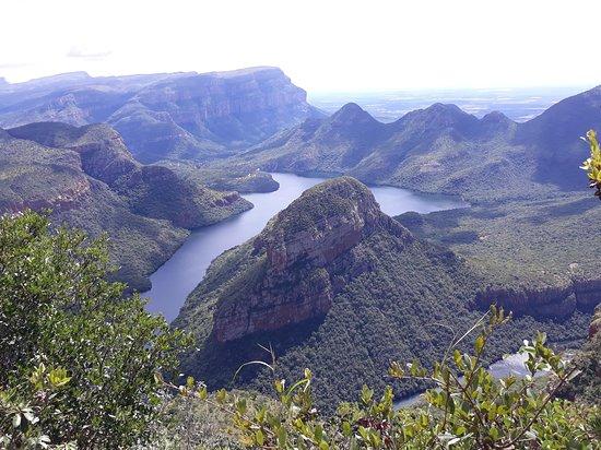 Mhlanganisi travel & tours