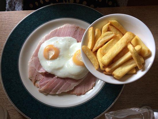 Horningsea, UK: Ham, egg & chips