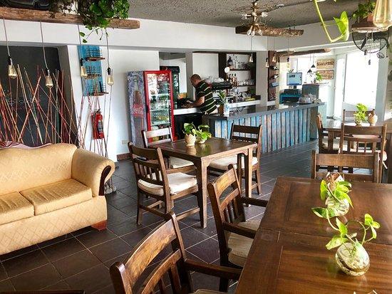 Sibarita Cafe, Lectura y Arte: Te presentamos nuestro local 🇻🇪🤝🇩🇴