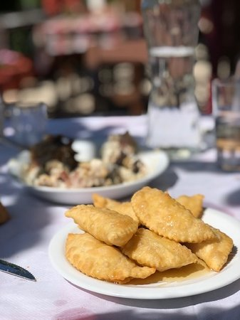 Full-day Sfakia Region Tour from Chania: Hiking, Cooking Class, Wine Tasting: Cheese pies!