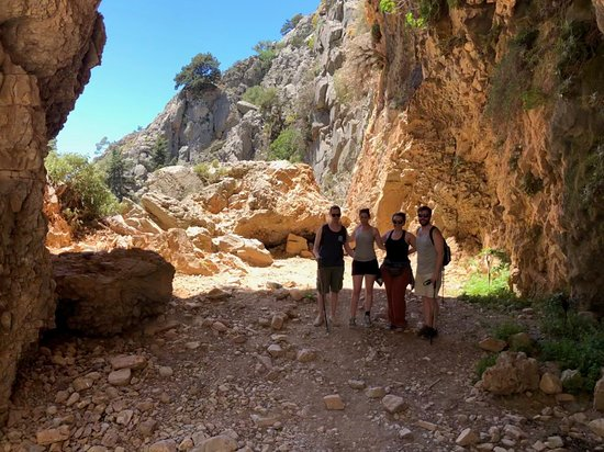 Full-day Sfakia Region Tour from Chania: Hiking, Cooking Class, Wine Tasting: Hiking Imbros Gorge