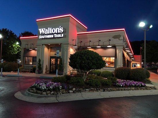 Walton's Southern Table: Walton's