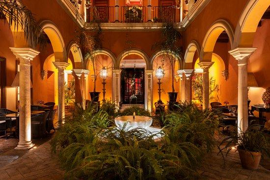 Boutique Hotel Casa del Poeta