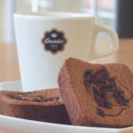 Arcádia Casa do Chocolate (Mercado Bom Sucesso): Café + Brownies de Chocolate e Framboesa