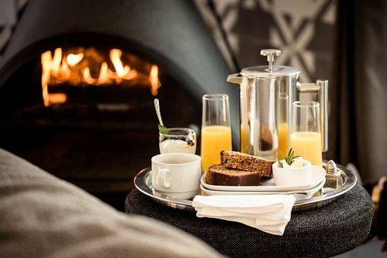 boon hotel + spa - breakfast by the fire