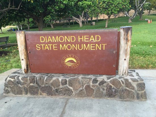 ‪Diamond Head State Monument: At the start