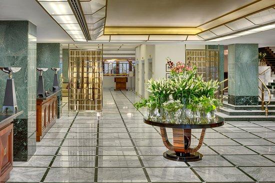 雷迪森藍光阿爾克朗酒店