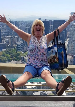 Skip the Line: Seattle Space Needle Observation Deck Admission Ticket: Lol