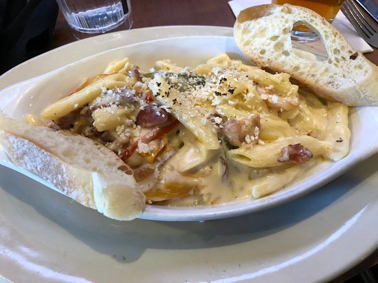Fort Mitchell, KY: Public House Mac and Cheese