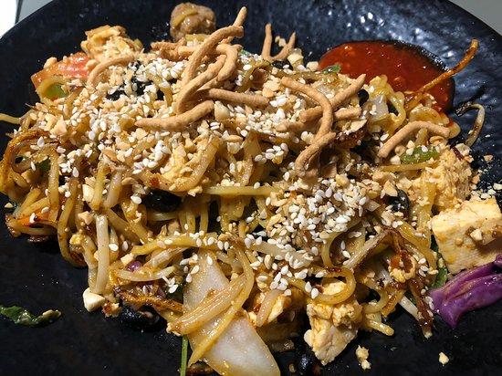HuHot Mongolian Grill: Stir Fry
