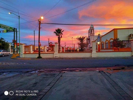 Meoqui, المكسيك: Atardecer en Meoqui.