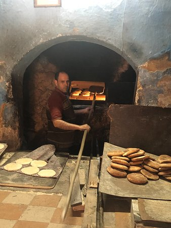 Marrakech To Merzouga Desert 4 Days: Smell the bread