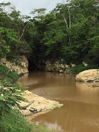 Cuevas De Bayano