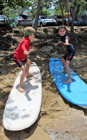 Rd.2 Happiness: Practicing how to stand on the surf board before getting into the sea