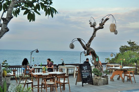 best moment for breakfast over the ocean with large ocean surround and make your day come true with best  moment
