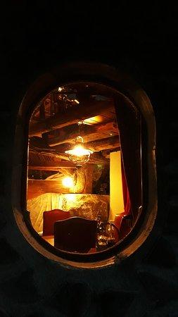 Le charme des cabanes, au crépuscule.