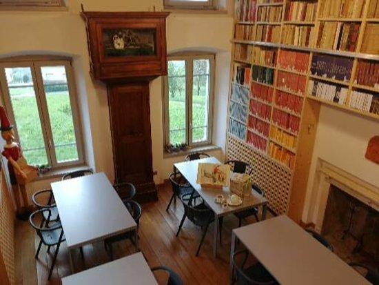 Merenda in biblioteca