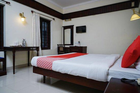 Entrance - Picture of OYO 10638 Chandana Royal Resorts, Marayur - Tripadvisor
