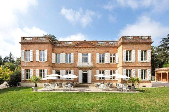 Le Domaine de Montjoie, BW Premier Collection