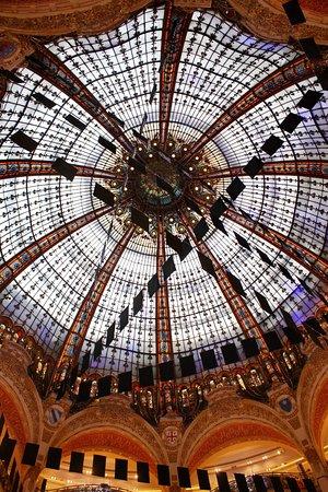 Galeries Lafayette Paris Haussmann: Galeries Lafayette Hausmann