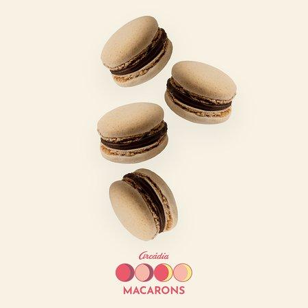 Arcadia Casa do Chocolate (Campus S. João): Macarons de Creme de Avelã