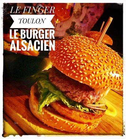 Le fameux burger alsacien, Viande fraîche Dubouché, sauce maison, produits frais