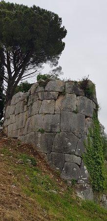 Parco Archeologico di Norba: Mura ciclopiche