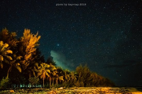 Пулау-Мантанани-Бесар, Малайзия: ©Kayvian.P - Scooter Monkey - Mantanani Night Sky.0168187935 Kayvian (小潘)kayvian88 微信。