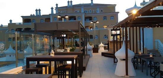 Mandala Lounge Tapas Bar o seu Bar de verão na Praia da Rocha