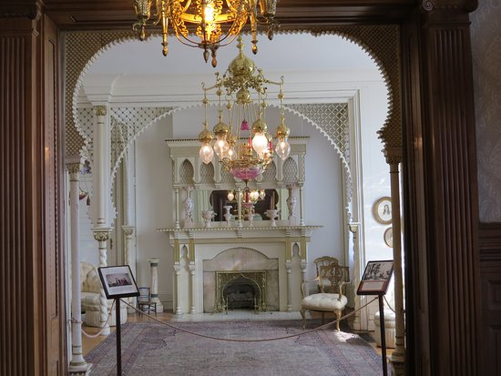 The interior of the mansion features 90% original family furnishings.  Over 60% came from the 1893 Chicago Columbian Exposition.
