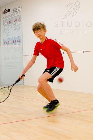 Studio Ruchu - KLUB SQUASH & RICOCHET: Gra w squash to również wspaniała zabawa