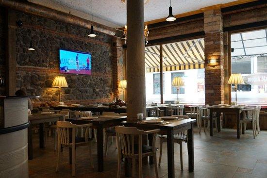Cafe Adjara: ресторнан