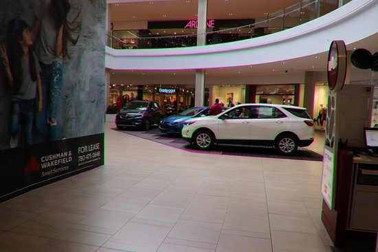 Londonderry Mall: Cars on sale