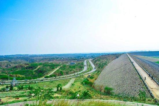 Mirpur, ปากีสถาน: Mangla Dam Walking Track