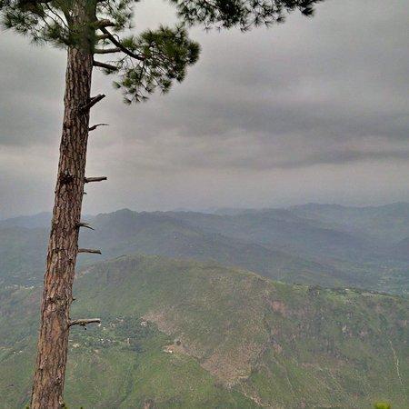 Kotli, Pakistán: Pir Lasura National Park