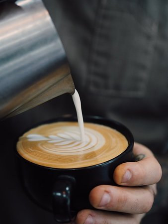 Pouring coffees all day long