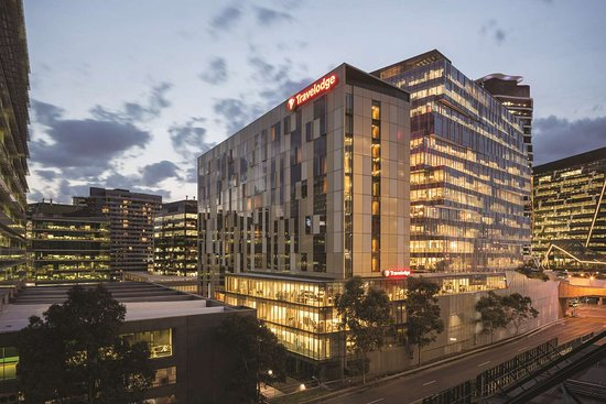 Travelodge Melbourne Docklands Hotel