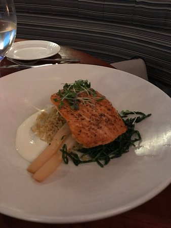 Schooners Coastal Kitchen & Bar: Salmon special-the one bright spot