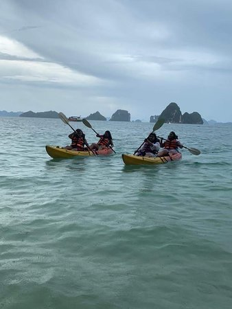 Hong Islands: Kayak