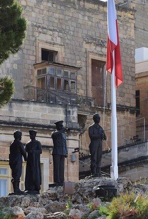 Birgu (Vittoriosa), Malta: Монумент Свободы