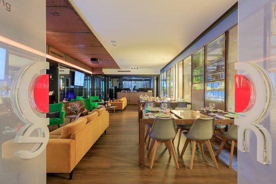 Akademia - Open Kitchen Restaurant: sala