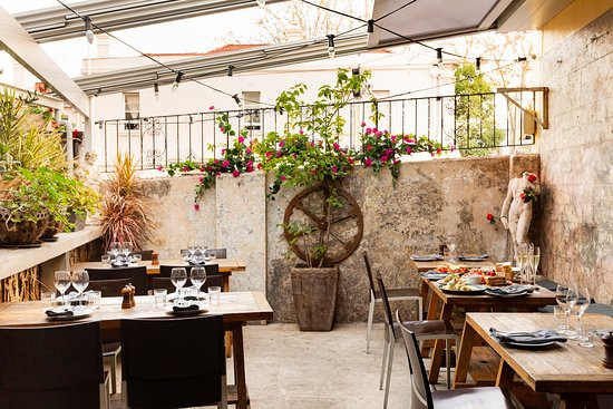 Our lovely Tuscan courtyard with all weather retractable roof